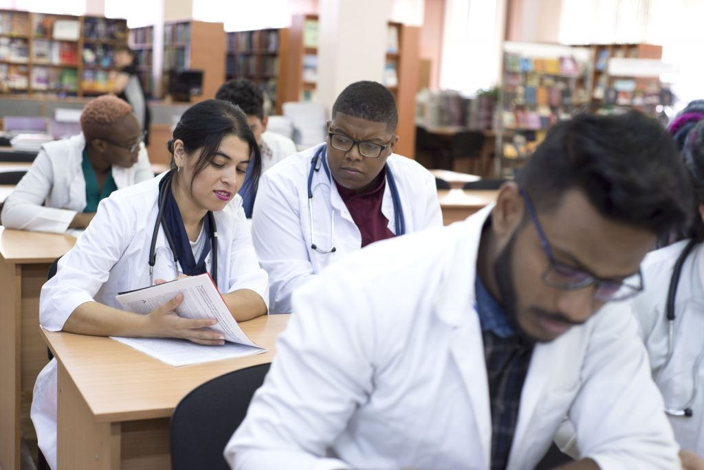 4 Steps To Starting A Career In The Medical Field